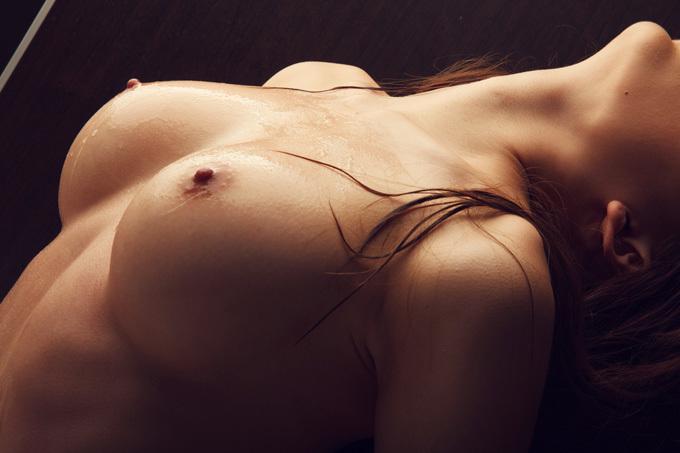 【おっぱい】ローションまみれでテッカテカになった巨乳や貧乳のコリコリした乳首がエロすぎて糸引いちゃってるぬるぬるおっぱい画像集w【80枚】 58