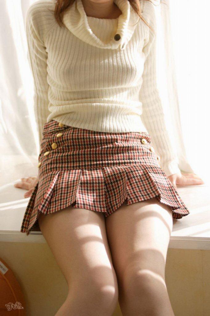 【おっぱい】巨乳娘を際立たせくれるニットとかいう最強の着エロアイテムが最高すぎる!セーター着ておっぱい強調されてる画像集【80枚】 35
