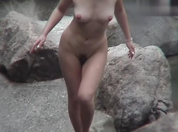 【おっぱい】女将さーんこの温泉ユルすぎますよ!素人のロリな美少女やJKやOLを露天風呂で盗撮しちっぱいや名作レベルの巨乳盗撮したエロ画像集w【80枚】 75