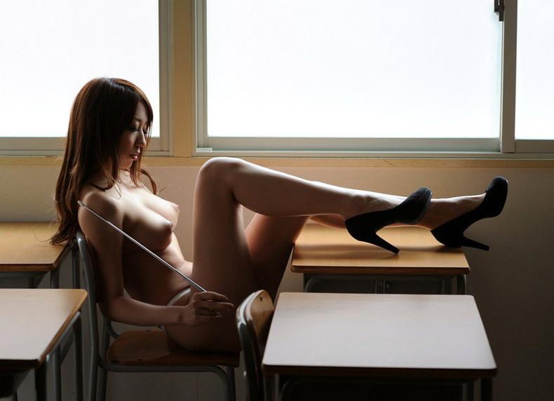 【おっぱい】放課後ボクにだけこっそり見せてほしい美人女教師のおっぱいエロ画像集w【80枚】 17