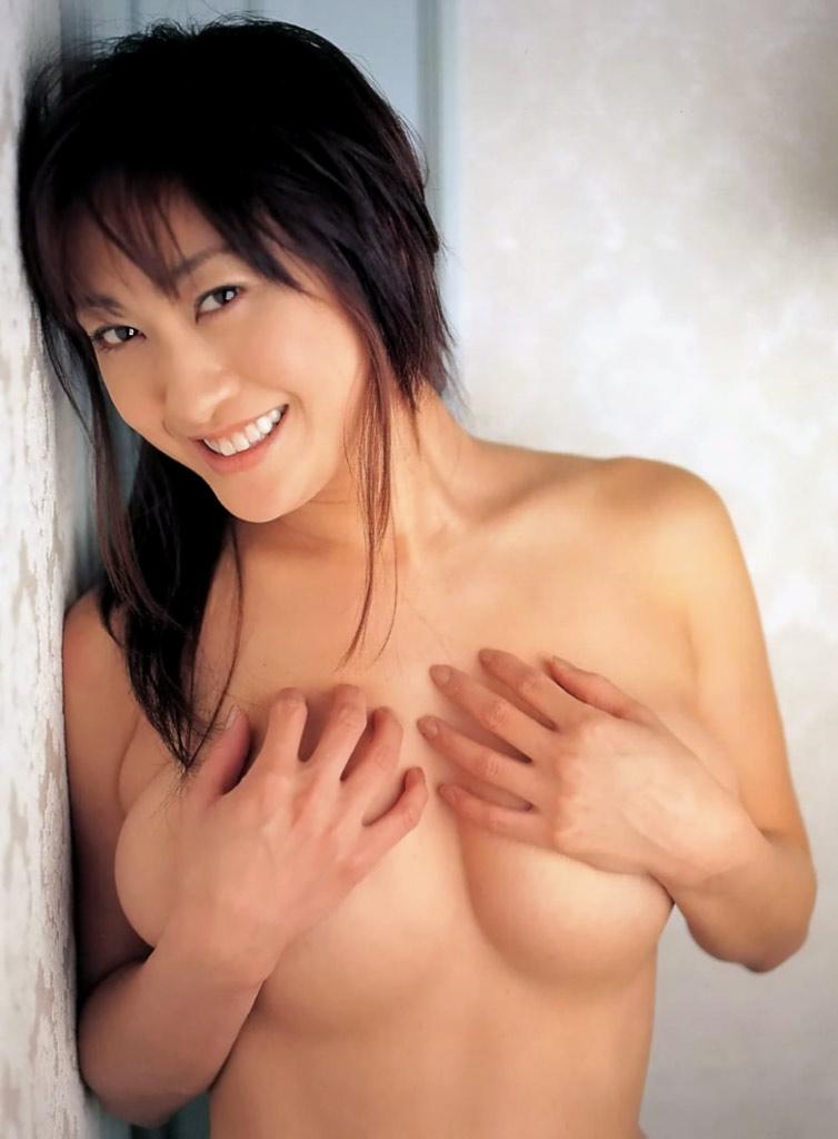 【おっぱい】昭和のバブル感を彷彿させる巨乳美女たちの一周回ってエロすぎるおっぱい画像集ww【80枚】 06
