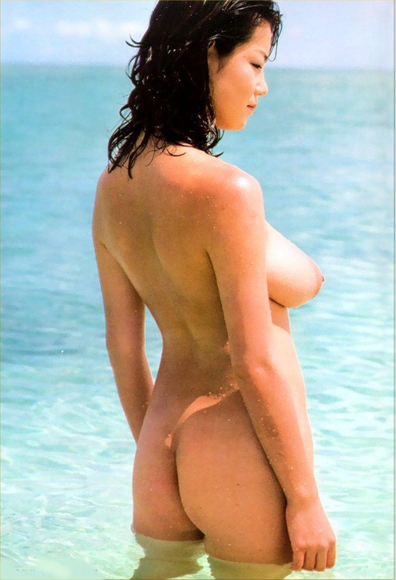 【おっぱい】昭和のバブル感を彷彿させる巨乳美女たちの一周回ってエロすぎるおっぱい画像集ww【80枚】 19