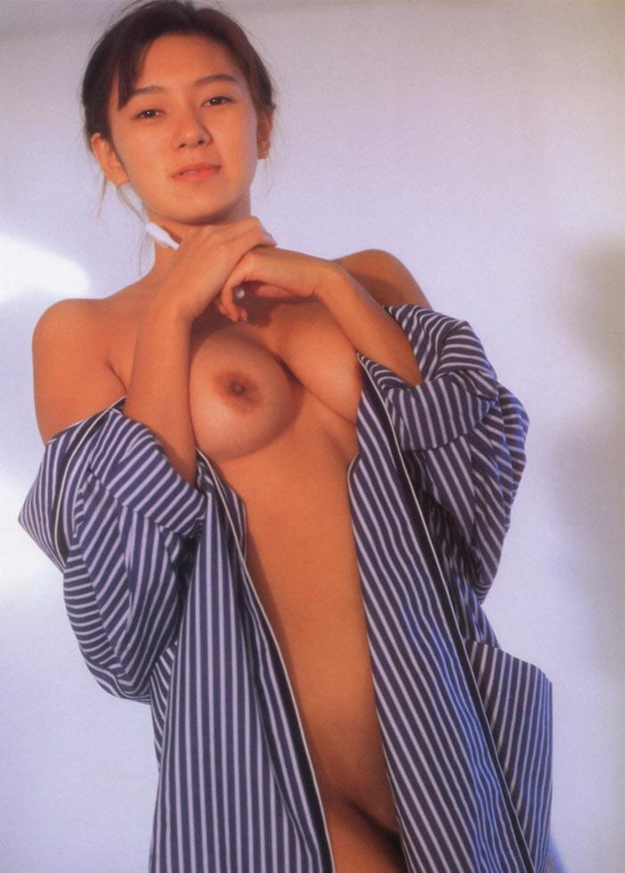 【おっぱい】昭和のバブル感を彷彿させる巨乳美女たちの一周回ってエロすぎるおっぱい画像集ww【80枚】 62