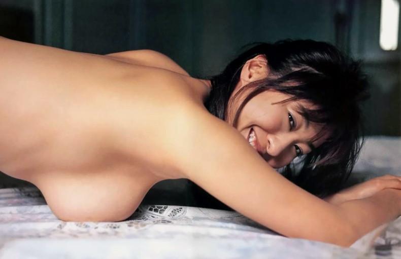 【おっぱい】昭和のバブル感を彷彿させる巨乳美女たちの一周回ってエロすぎるおっぱい画像集ww【80枚】 72