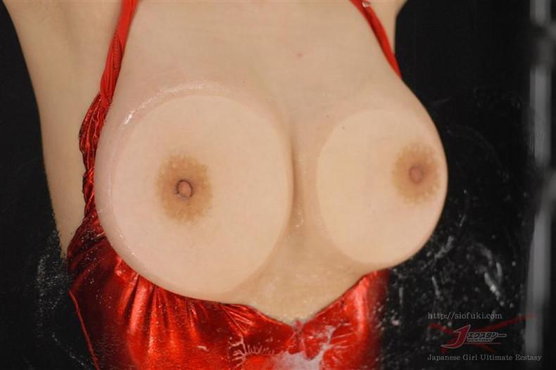 【おっぱい】窓ガラスや鏡に美巨乳はりつけてへこんだり乳首が曲がったり埋もれたりしてるガラス越しおっぱい画像集w【80枚】 64