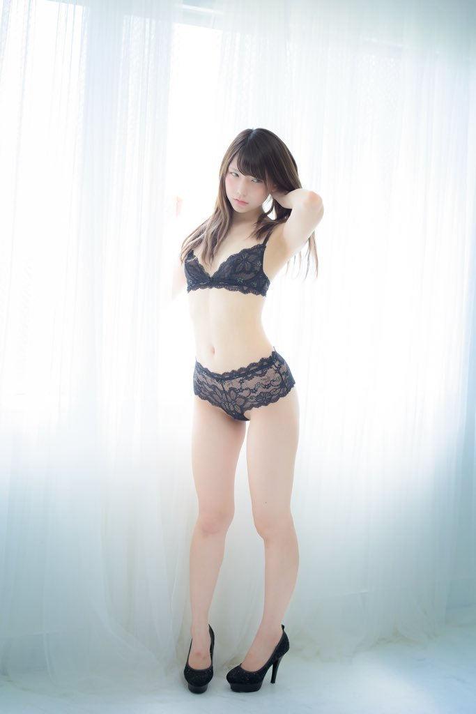 【おっぱい】黒ランジェリーを着た美巨乳な大人の女にパイズリされてみたい!黒ランジェリーのおっぱい画像集!ww【80枚】 69