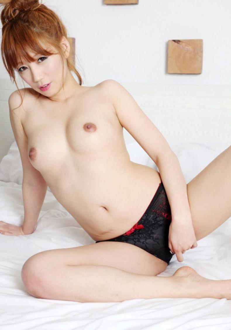 【おっぱい】日本人に負けない美少女韓国人や中国人たちが日本人とは微妙に違う美乳を露出して誘惑してくれてるアジアンおっぱい画像集ww【80枚】 25