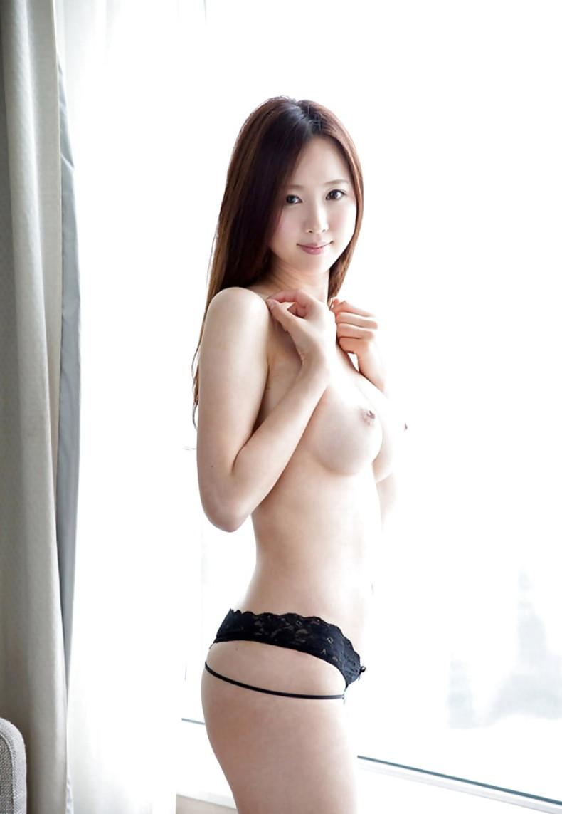 【おっぱい】日本人に負けない美少女韓国人や中国人たちが日本人とは微妙に違う美乳を露出して誘惑してくれてるアジアンおっぱい画像集ww【80枚】 68