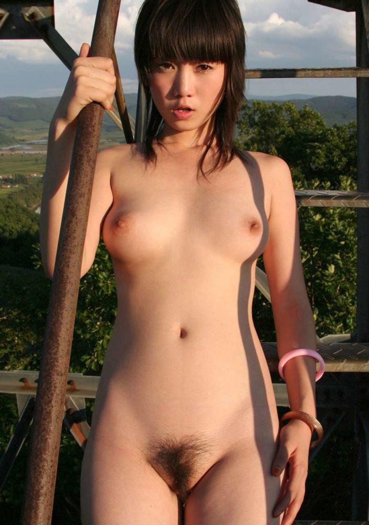 【おっぱい】日本人に負けない美少女韓国人や中国人たちが日本人とは微妙に違う美乳を露出して誘惑してくれてるアジアンおっぱい画像集ww【80枚】 77