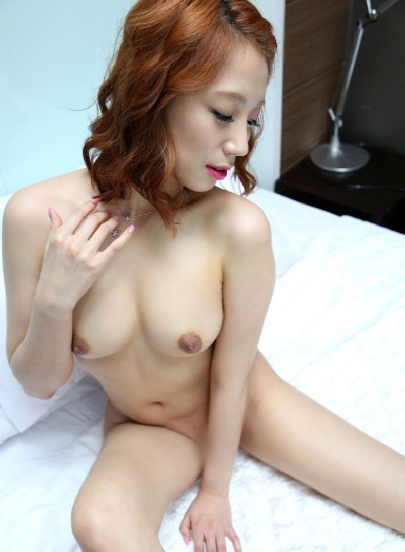 【おっぱい】日本人に負けない美少女韓国人や中国人たちが日本人とは微妙に違う美乳を露出して誘惑してくれてるアジアンおっぱい画像集ww【80枚】 78