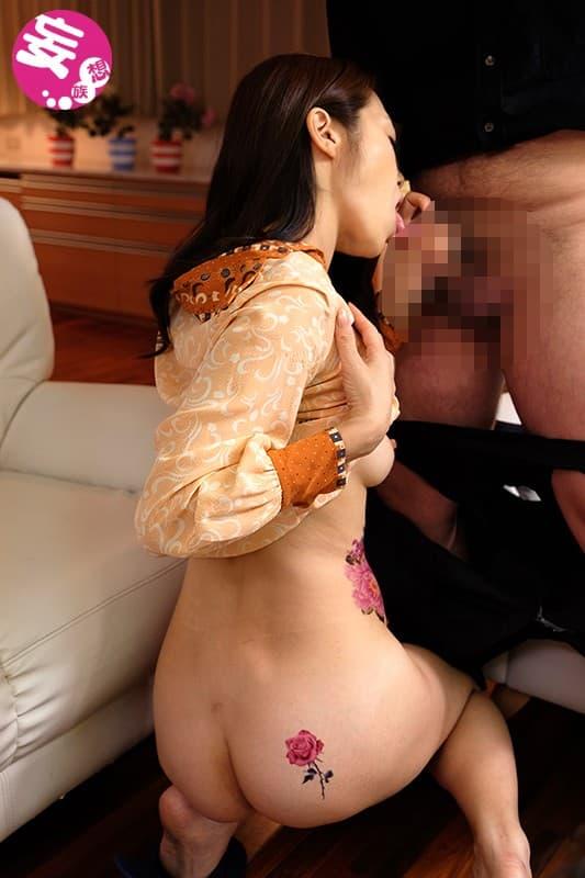 【おっぱい】おしゃれタトゥーから激コワ和彫りまで!タトゥーを入れたビッチそうな女の子たちのおっぱい画像集!ww【80枚】 48