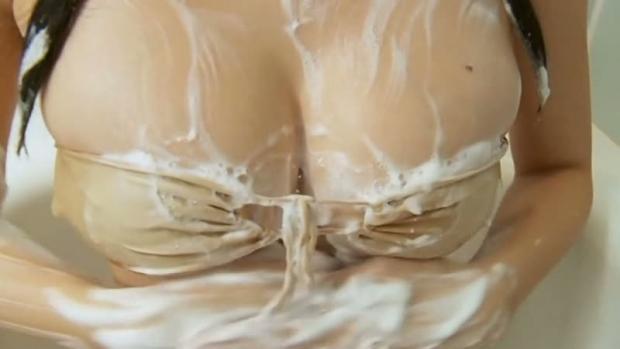 【おっぱい】びしょ濡れになるとほぼ全裸状態!肌色水着・湯葉水着のおっぱい画像集ww【80枚】 24