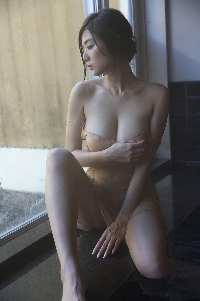 【おっぱい】びしょ濡れになるとほぼ全裸状態!肌色水着・湯葉水着のおっぱい画像集ww【80枚】 34
