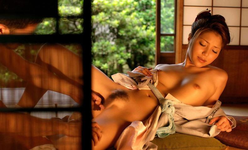 【おっぱい】旅館で浴衣脱がして美乳を露出させアヘ顔晒し不倫Hする背徳感バリバリのおっぱい画像集w【80枚】 47