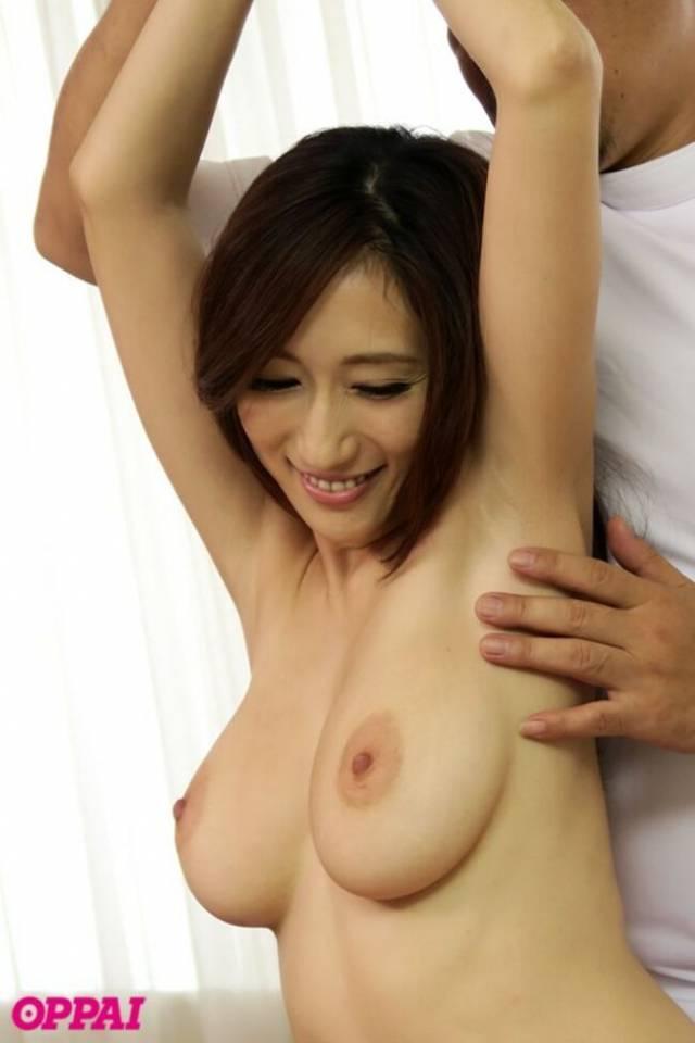 【おっぱい】巨乳過ぎて肩がこる女性たちに整体師がスペンス乳腺調教!自慢のおっぱい弄ってセクハラしまくる整体おっぱい画像集ww【80枚】 42