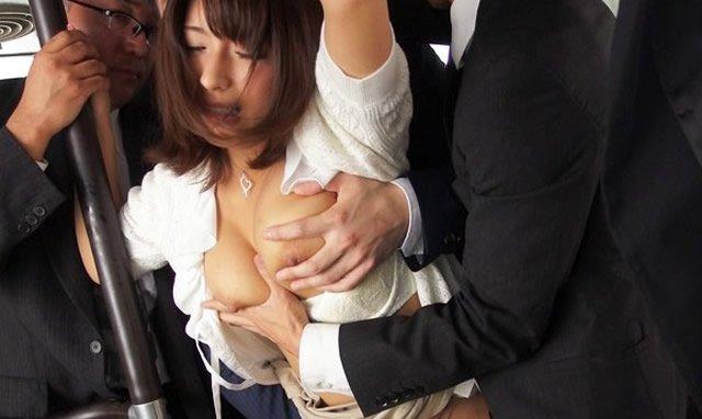 【おっぱい】バスや電車で乳首露出させられ痴漢や輪姦されちゃってるOLやJK達の痴漢おっぱい画像集【80枚】 39