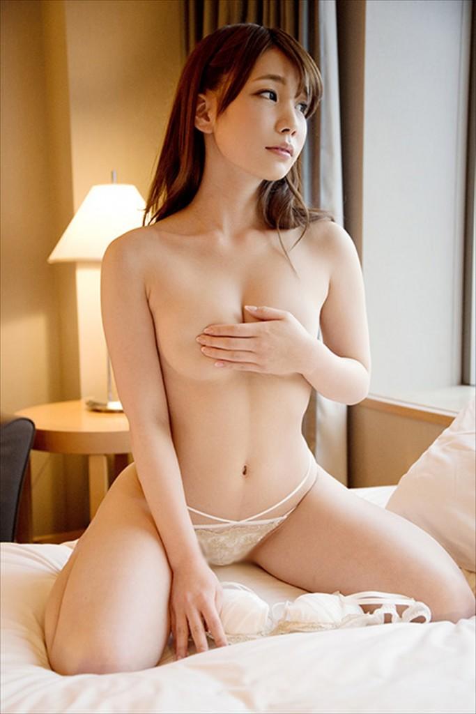 【おっぱい】最近の発育の良いロリ美少女のおっぱい!ピンク乳首の美巨乳を晒して誘ってくれてる美少女乳首のおっぱい画像集!ww【80枚】 52