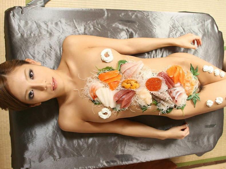 【おっぱい】キレイな乳首にホイップクリーム塗ったり、媚薬クリームで乳首を弄って調教してる乳首クリームのおっぱい画像集!ww【80枚】 16