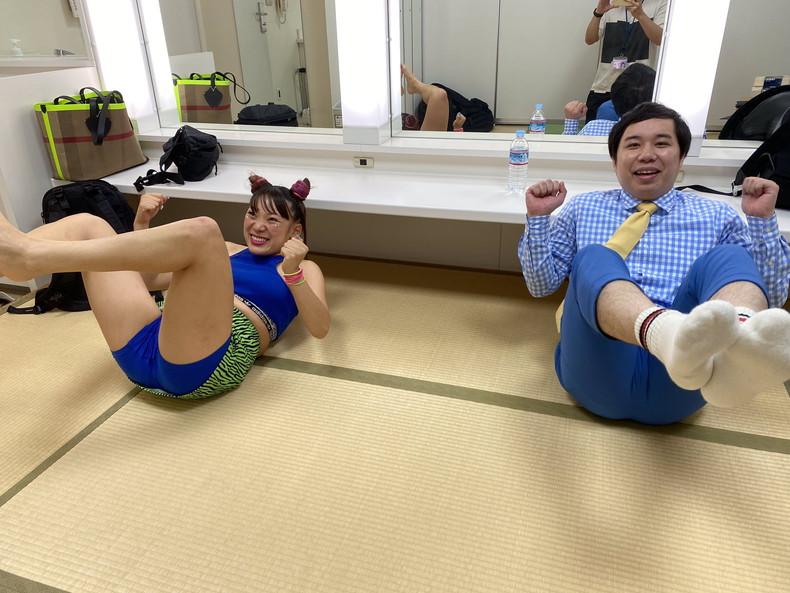 【おっぱい】スポーツブラ巨乳がエロ過ぎるユーチューバー芸人フワちゃんの胸チラおっぱい画像集!ww【80枚】 45