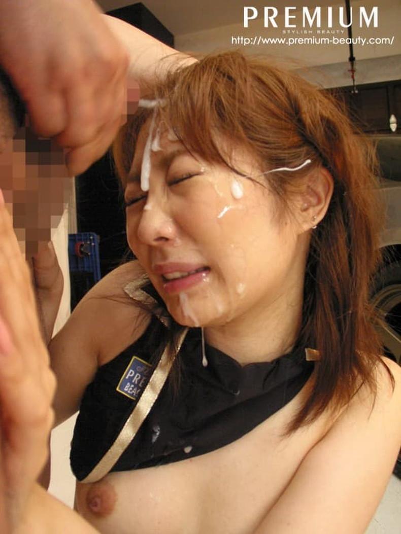 【おっぱい】キャンペーンガールの制服がカワイ過ぎて上司に寝取られ乳揉みされちゃってるキャンペーンガールのおっぱい画像集!ww【80枚】 61