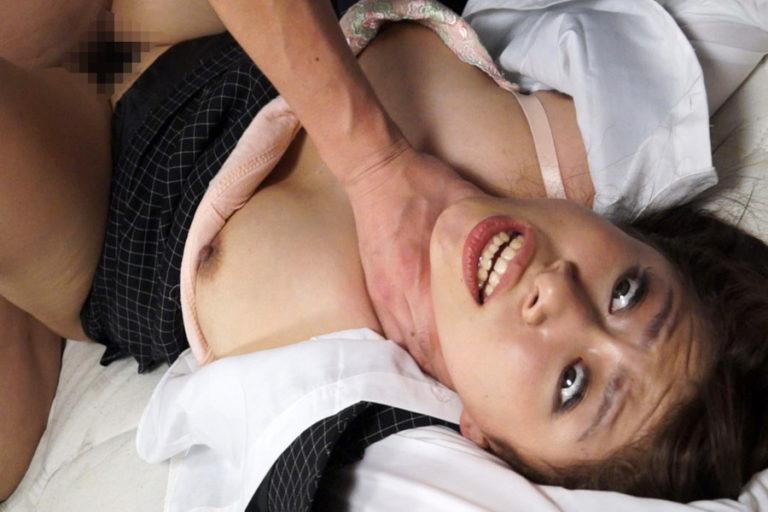 【おっぱい】乳首弄りながらキューッと絞めて鬱血状態にするとアソコもキューっと締まるらしい首絞めおっぱい画像集【80枚】 19