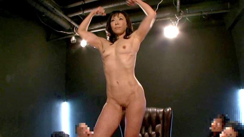【おっぱい】筋力も性欲も強そそうなガッチリ肩幅女子のおっぱい画像集!ww【80枚】 32