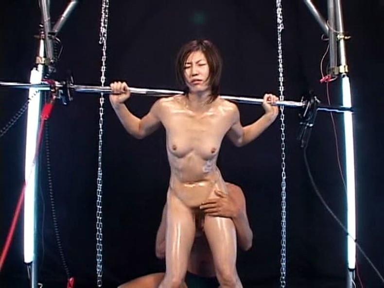 【おっぱい】筋力も性欲も強そそうなガッチリ肩幅女子のおっぱい画像集!ww【80枚】 39