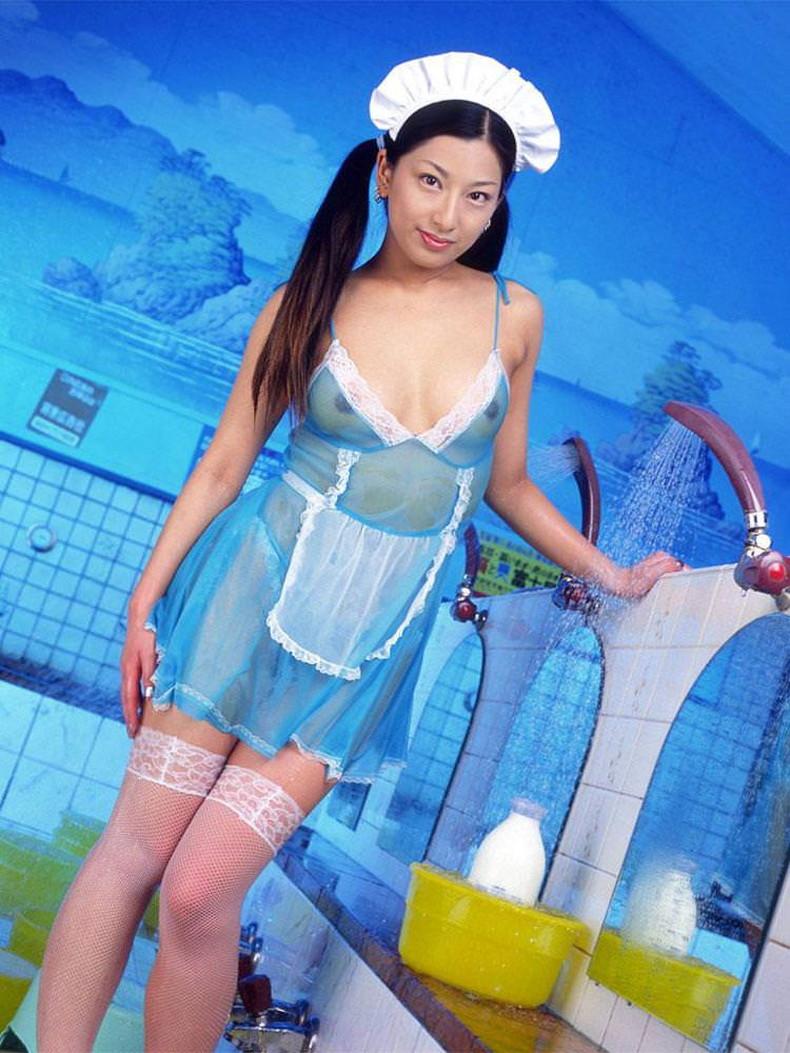 【おっぱい】ボインなお姉さんたちがエロ下着や水着でデカパイが透けてる透け巨乳のおっぱい画像集!ww【80枚】 23