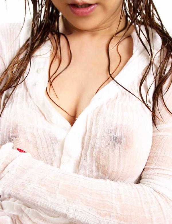 【おっぱい】レースのランジェリーや白競泳水着、濡れ濡れノーブラシャツで乳首が丸見え状態のすけすけおっぱい画像集!w【80枚】 67