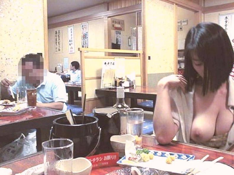 【おっぱい】泥酔し調子に乗って店内で乳首露出して寝取られちゃったww居酒屋おっぱい画像集【80枚】 16