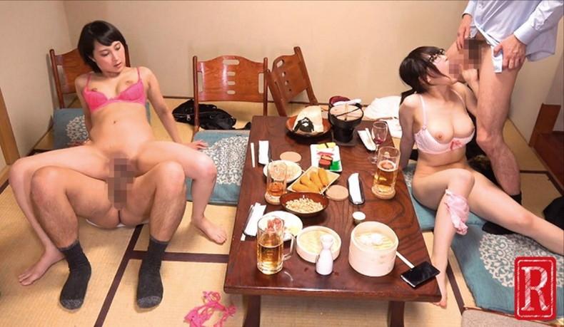 【おっぱい】泥酔し調子に乗って店内で乳首露出して寝取られちゃったww居酒屋おっぱい画像集【80枚】 72