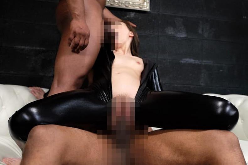 【おっぱい】黒人の巨根をパイズリできる巨乳ビッチがガチハメされてる黒人セックスのおっぱい画像集!w【80枚】 19