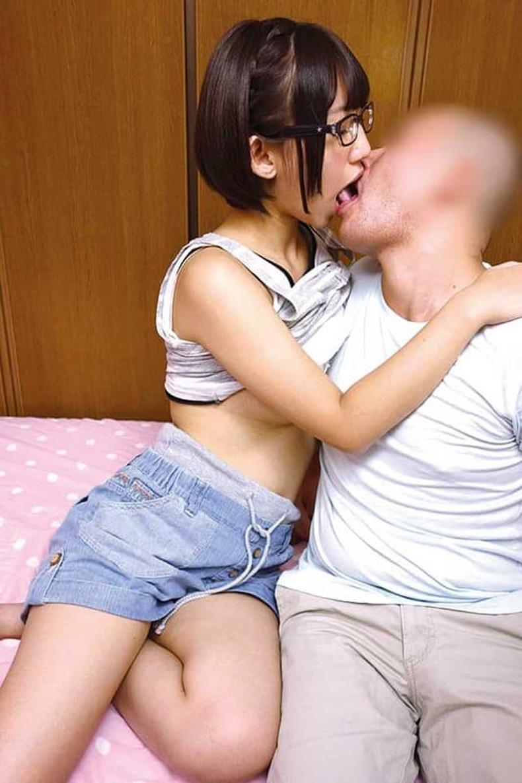 【おっぱい】メガネを取るとガチ美少女なロリ娘のおっぱいを舐めまくってる眼鏡美少女のおっぱい画像集!w【80枚】 60