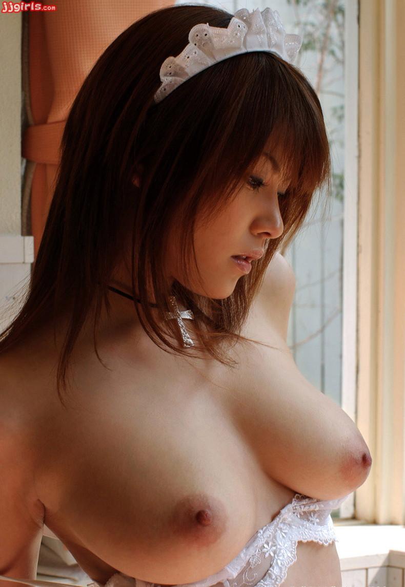 【おっぱい】ピンク乳首で見事なお椀型巨乳の美しいおっぱい画像集!w【80枚】 60