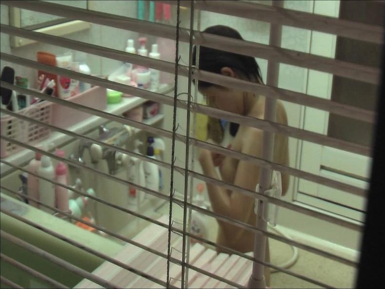 【おっぱい】一人暮らしのJDやOLの無防備な入浴シーンを盗撮!泡まみれの貧乳やデカパイがエロ過ぎる入浴盗撮のおっぱい画像集!w【80枚】 35