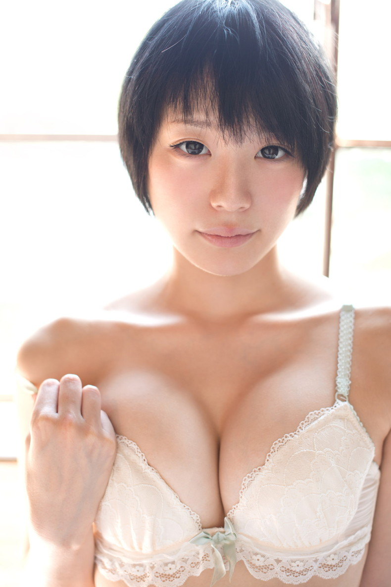 【おっぱい】セクシー下着のレースから透ける美女のピンク乳首が眩しすぎるランジェリー姿のおっぱい画像集!w【80枚】 74