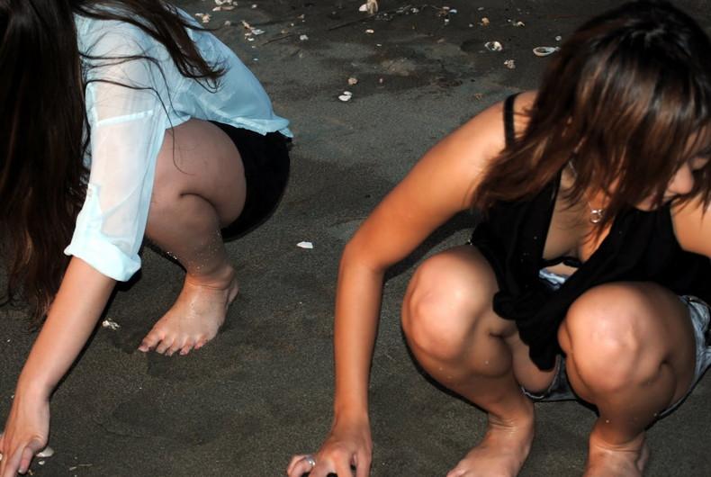 【おっぱい】スナップ撮影で素人女子が意図せず胸チラしちゃってるスナップ写真のおっぱい画像集ww【80枚】 35