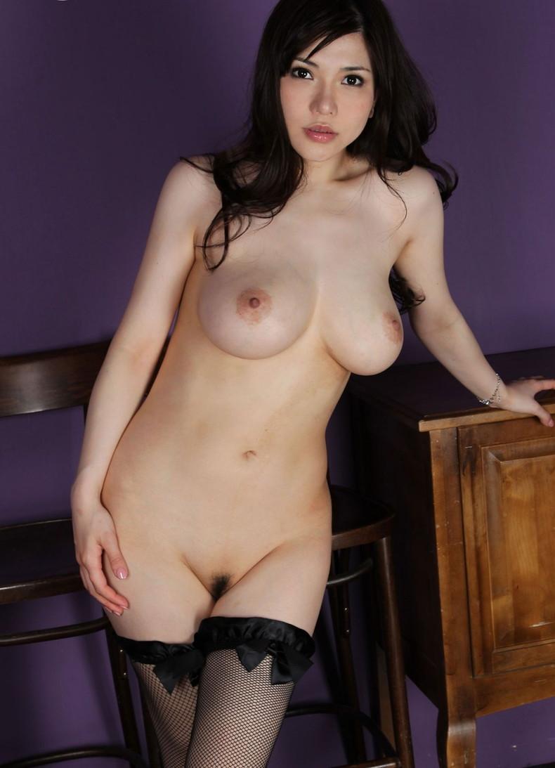 【おっぱい】全裸にパンストだけ履いてるお姉さんの美乳とストッキングの組み合わせがエロ過ぎる裸パンストのおっぱい画像集ww【80枚】 23