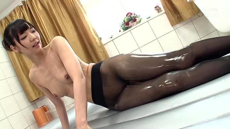 【おっぱい】全裸にパンストだけ履いてるお姉さんの美乳とストッキングの組み合わせがエロ過ぎる裸パンストのおっぱい画像集ww【80枚】 77