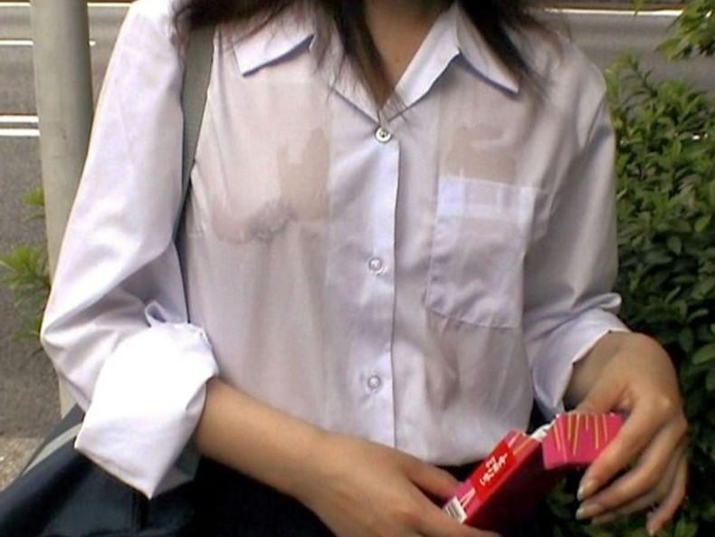 【おっぱい】清楚系JKからビッチそうなコギャルまで、まだあどけないロリな美乳がエロ過ぎる女子校生のおっぱい画像集!ww【80枚】 20