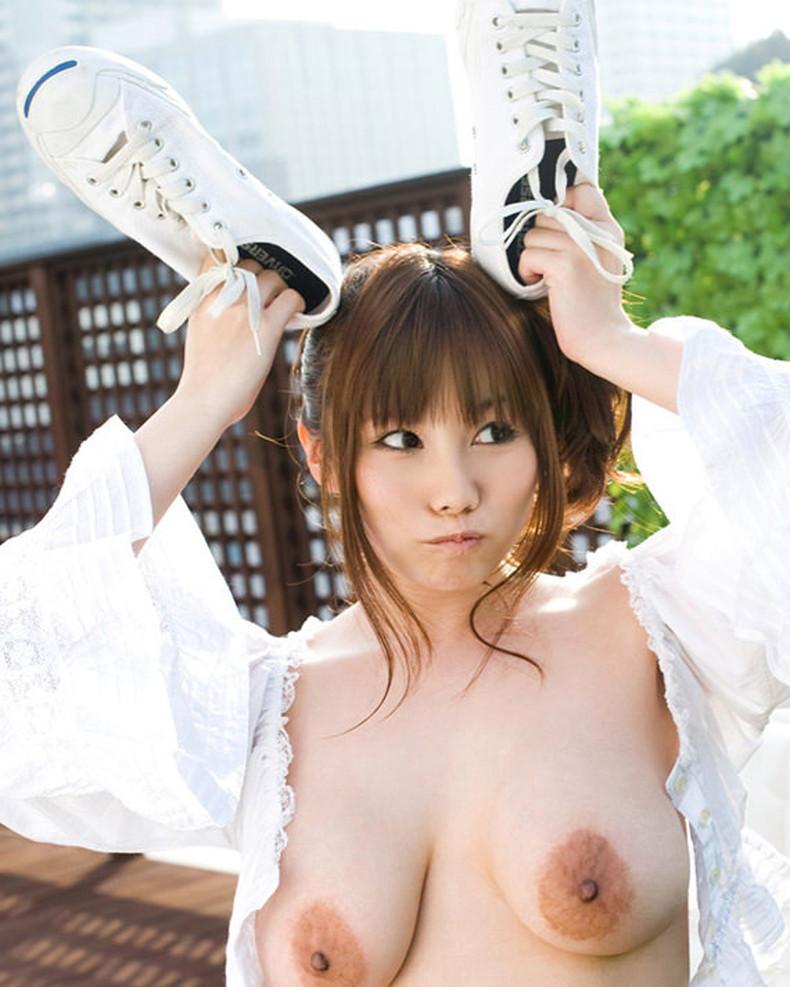 【おっぱい】離れた垂れパイがだらしなくてエロ過ぎる離れ乳のおっぱい画像集!【80枚】 64
