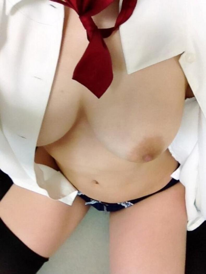 【おっぱい】男性用のYシャツを羽織ったノーブラ娘や純白のブラウスからブラや乳首が透けてる白シャツ女子のおっぱい画像集ww【80枚】 65