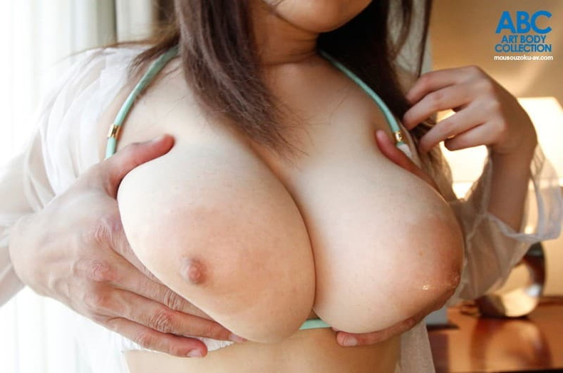 【おっぱい】美少女やキレイなお姉さんによく似合うピンク乳首の超美乳!!美し過ぎる乳輪や乳頭を弄りたくなるピンク色乳首のおっぱい画像集!ww【80枚】 06