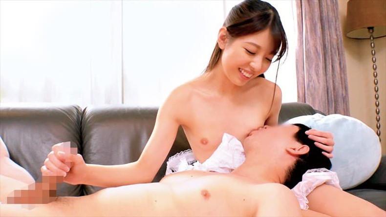 【おっぱい】人妻が豊乳吸わせながら他人棒を手コキしちゃってる授乳プレイおっぱい画像集ww【80枚】 51