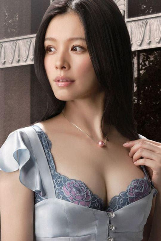 【おっぱい】日本とセンスが似てる国、台湾人のおっぱい画像集【80枚】 35