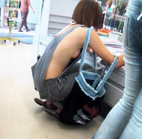 【おっぱい】ナマ乳オーバーオールとかいう裸エプロンに匹敵するエロアイテムを着こなす美巨乳女子のオーバーオールおっぱい画像集【80枚】 65