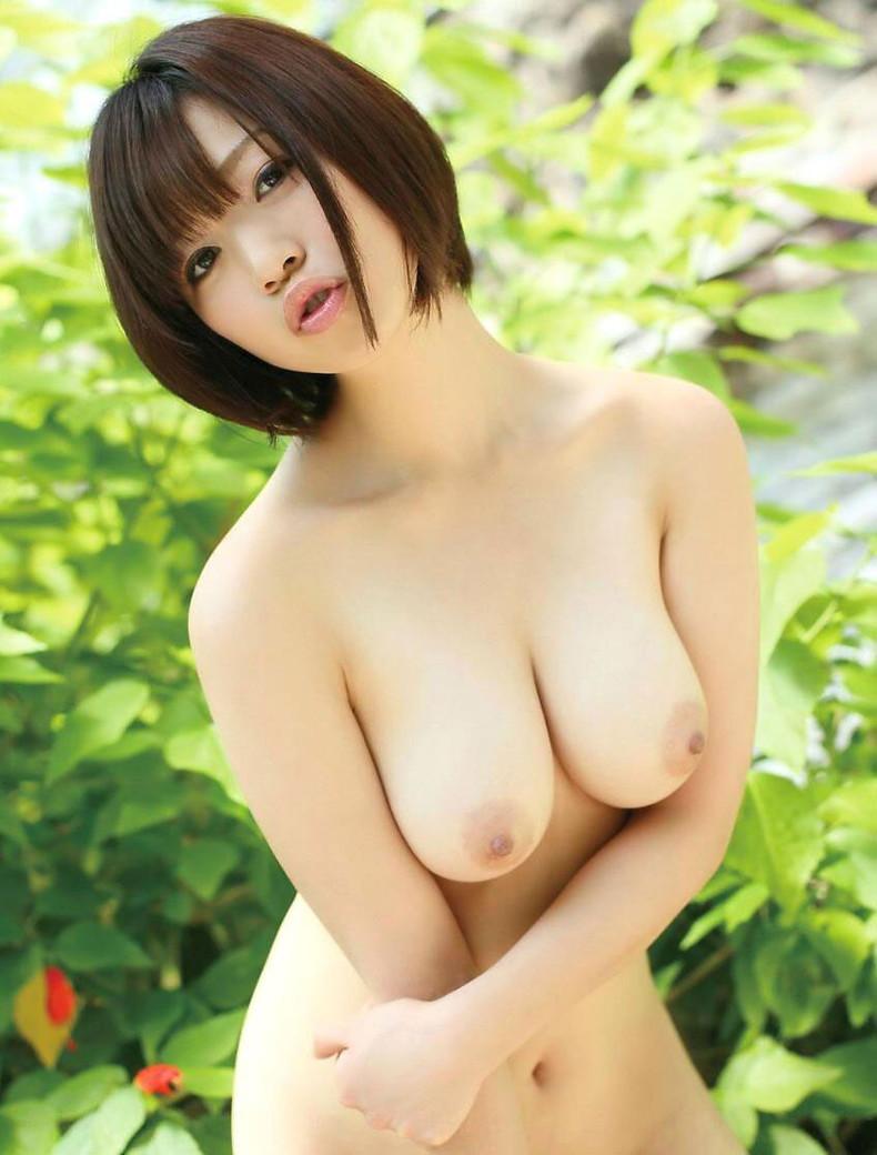【おっぱい】ボーイッシュなショートカット女子がむっちり美巨乳を露出させてギャップ萌え!ボーイッシュ女子のおっぱい画像集【80枚】 34