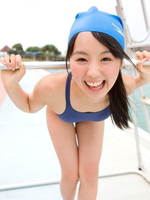【おっぱい】ロリなちっぱいや発育良すぎる巨乳がぴったりくっつくスクール水着が大好きすぎるスク水おっぱい画像集【80枚】 12