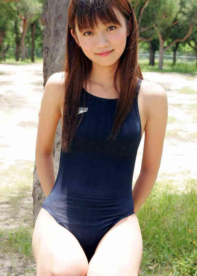 【おっぱい】ロリなちっぱいや発育良すぎる巨乳がぴったりくっつくスクール水着が大好きすぎるスク水おっぱい画像集【80枚】 45