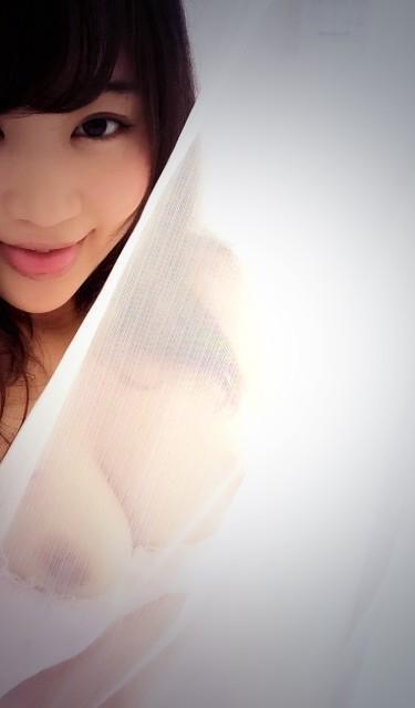 【おっぱい】カーテンで美乳を透けさせる美少女や窓ガラスから覗いて盗撮する素人娘のおっぱいが尋常じゃなくエロい件【80枚】 15